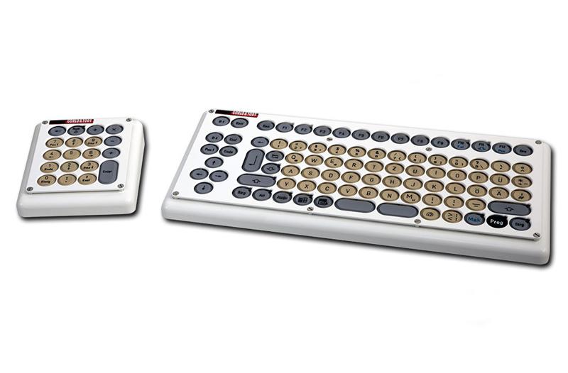 Compacttastatur links mit externem Zahlenfeld